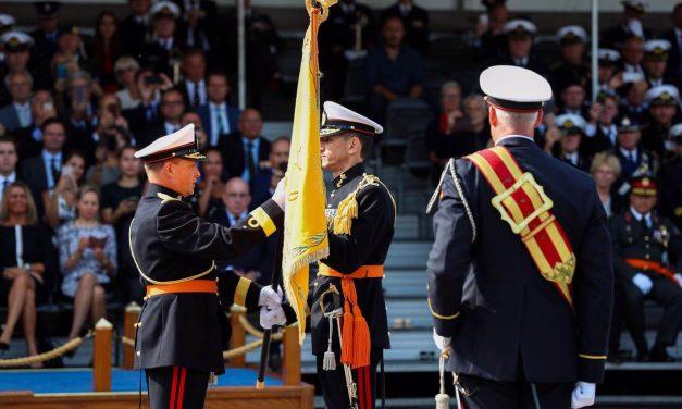 Vaandeloverdracht Korps Mariniers